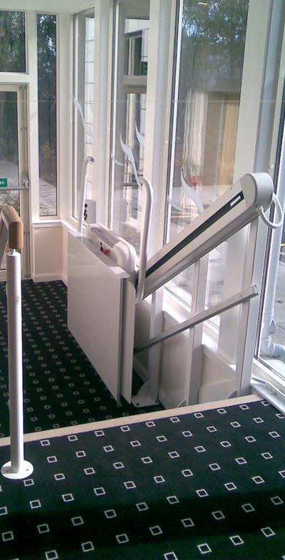 Portable Tall Wheelchair Platform Lift : Inclined platform stair lift vertical